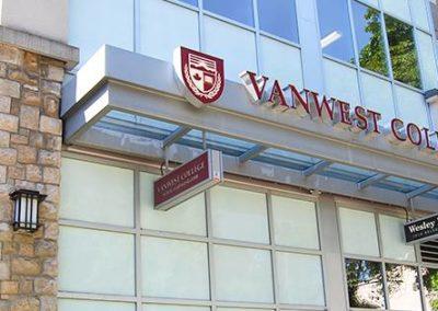 École de Vancouver, Business